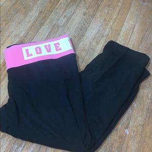 Pink cropped leggings